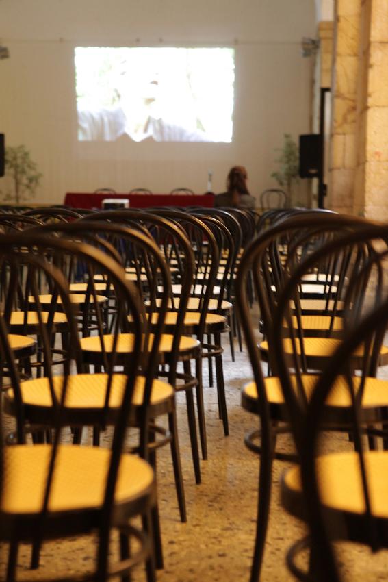 La sala all'ex Liceo Artistico di piazza Dettori - Cagliari