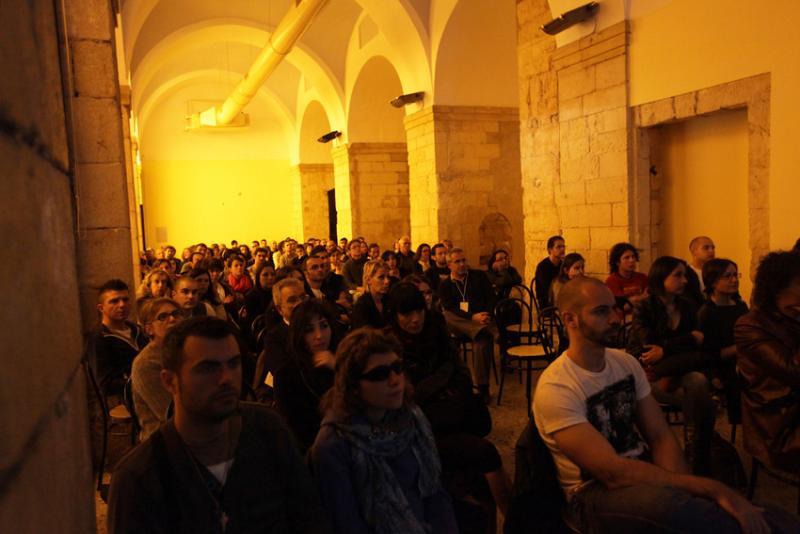 Proiezioni della terza serata: ex Liceo Artistico di piazza Dettori