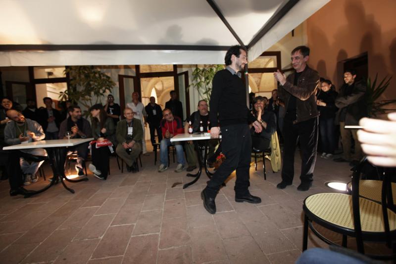"""Premiazioni: Mario Piredda, vincitore della categoria Insula(e) con """"Io sono qui"""""""